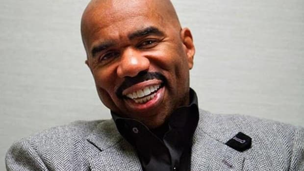 Steve Harvey Urges Blacks To Respect Trump, Riles Many Promo Image