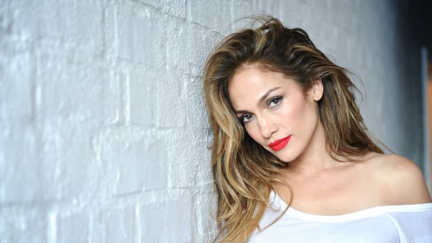 Jennifer Lopez Suffers A Wardrobe Slip At LA Event (Photos) Promo Image