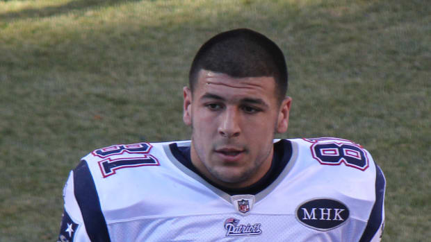 Aaron Hernandez's Suicide Note To Fiancee Released (Photo) Promo Image