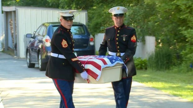 Marines Give Military Dog A Proper Funeral (Photos) Promo Image
