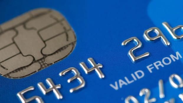 Don't Swipe Your Credit Card If It Has A Chip Promo Image