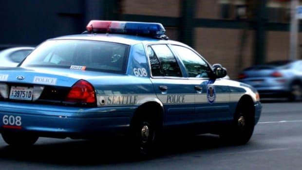 Pregnant Mom Calls 911, Seattle Police Kill Her (Video) Promo Image
