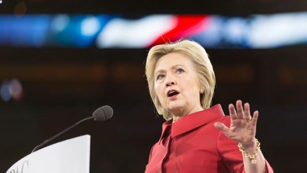 Clinton Praises London Mayor, Subtly Slams Trump Promo Image