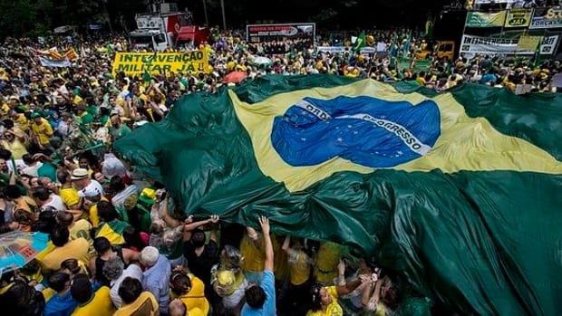 Nationwide Austerity Strikes Paralyze Brazilian Cities Promo Image
