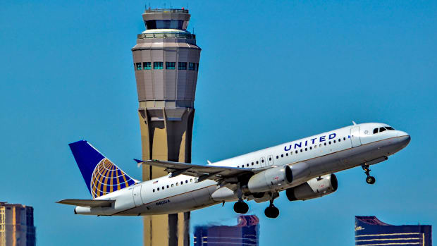 United's Market Value Drops By $1 Billion Promo Image
