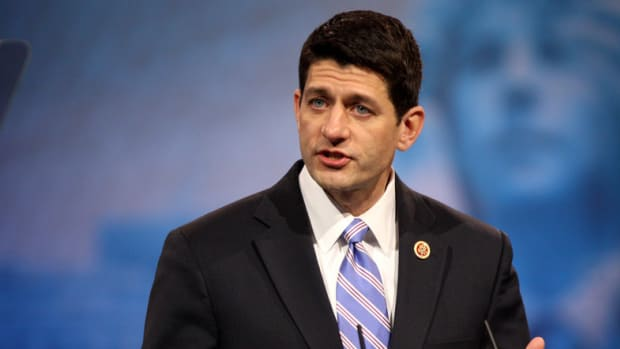 Eighth-Grade Students Refuse To Pose With Paul Ryan (Photo) Promo Image