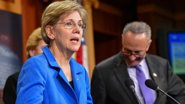 Warren Blasts Trump For Wall Street Regulation Rollback Promo Image