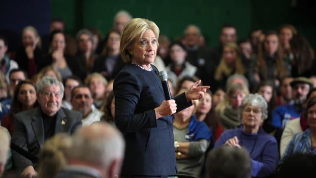 Congressman Doubts Clinton's Pneumonia Diagnosis Promo Image
