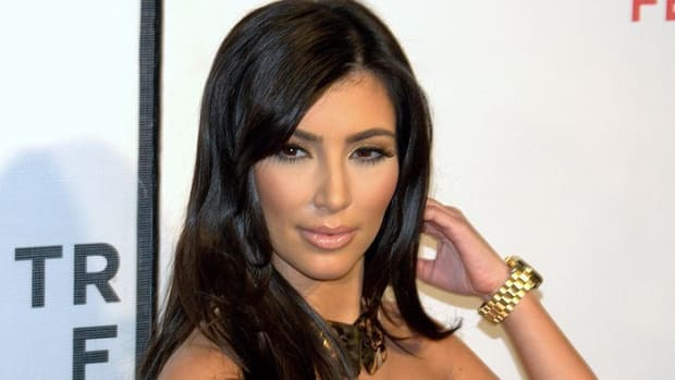 Kim Kardashian Denies Report That She Was Attacked (Video) Promo Image