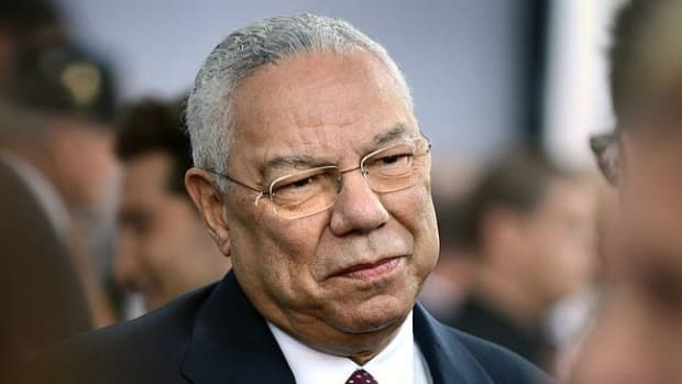 Emails Show Colin Powell Told Clinton How To Avoid FOIA Promo Image