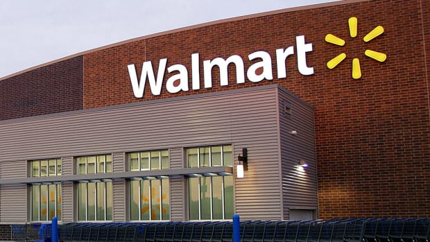 Woman Banned From Walmart After Racial Insults (Video) Promo Image
