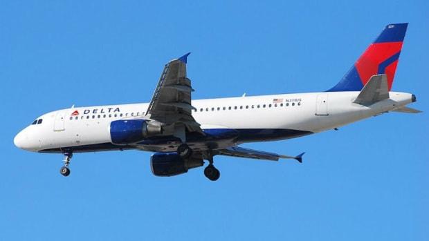 Tommie Lee Of 'Love & Hip Hop' Kicked Off Delta Flight (Video) Promo Image
