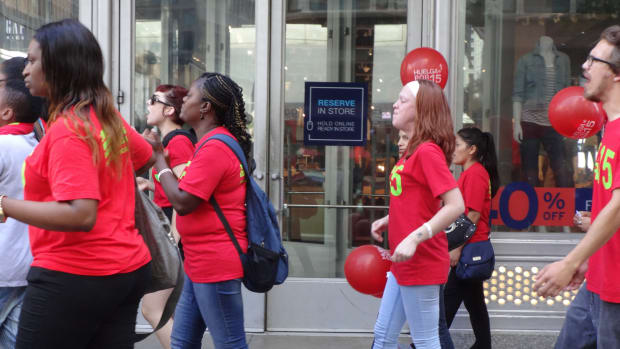 Minneapolis Fast-Food Workers To Strike For $15 An Hour Promo Image