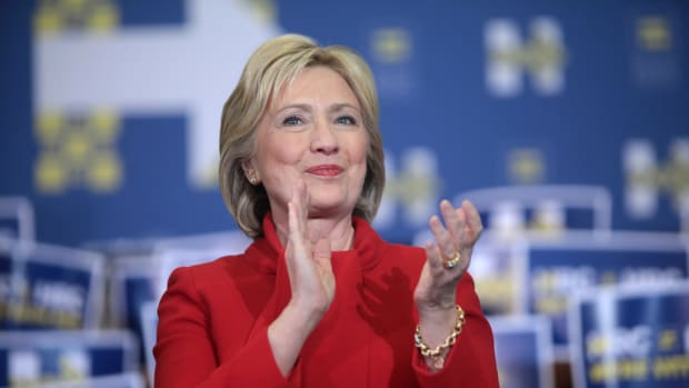 Hillary Clinton Gets Standing Ovation At Broadway Show Promo Image