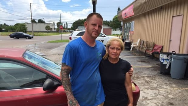 Man Gives Grieving Mother Of Marine A Special Gift Promo Image