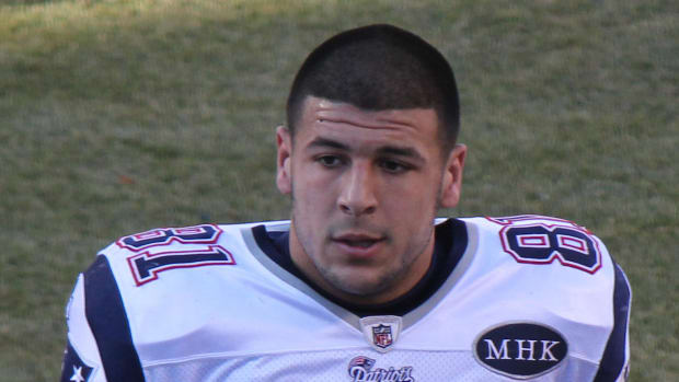 BREAKING: Aaron Hernandez Found Dead In Jail Cell Promo Image