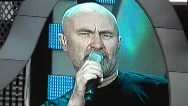 Phil Collins Rushed To Hospital After Dramatic Fall Promo Image