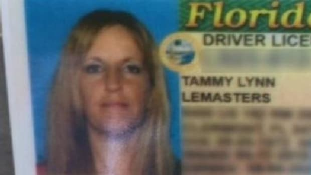 Mother Of 3 Looks Closer At New License, Realizes Something Is Very Wrong (Photo) Promo Image