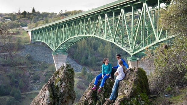 Thrill Trespasser Falls Off California's Highest Bridge (Photo) Promo Image