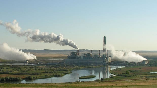 Study: Coal Power Plants Linked To Birth Defects Promo Image