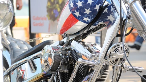 Bikers For Trump Challenge Protesters In Washington Promo Image