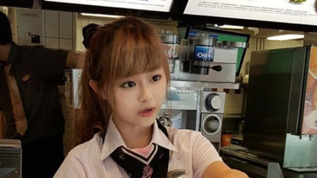 Doll-Faced McDonald's Employee Draws Crowds, Fans (Photos) Promo Image