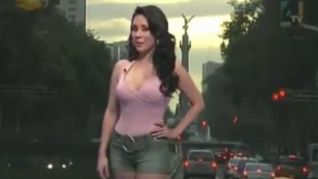 Is This Meteorologist's Outfit Inappropriate? (Video) Promo Image