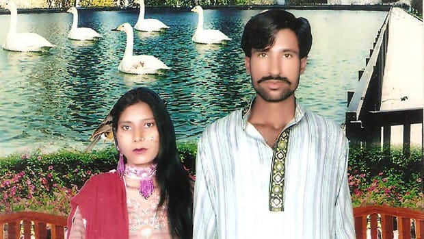 Pakistan Court Sentences 5 Men For Mob Murder Of Couple Promo Image