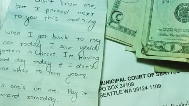 Driver Finds Surprising Note On Windshield Alongside Parking Ticket (Photos) Promo Image