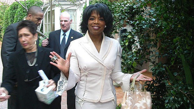 Oprah Slammed For Expressing Hope In Donald Trump Promo Image