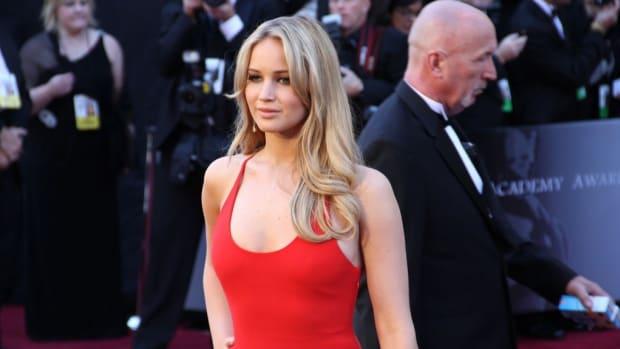 Jennifer Lawrence Heartbroken Over Clay Adler's Suicide Promo Image