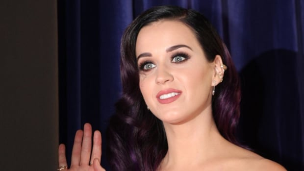 Katy Perry Compares Her Black Hair To Obama  Promo Image