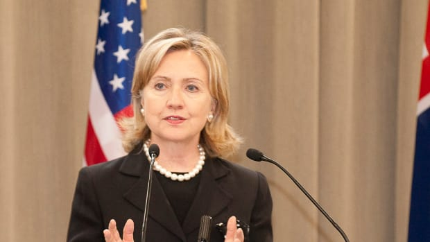 Clinton Does Not Need To Hold A Press Conference Promo Image