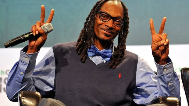 Snoop Dogg's New Album Cover Sparks Controversy (Photo) Promo Image