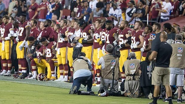 Poll: 84 Percent Support NFL Players' Right To Protest Promo Image