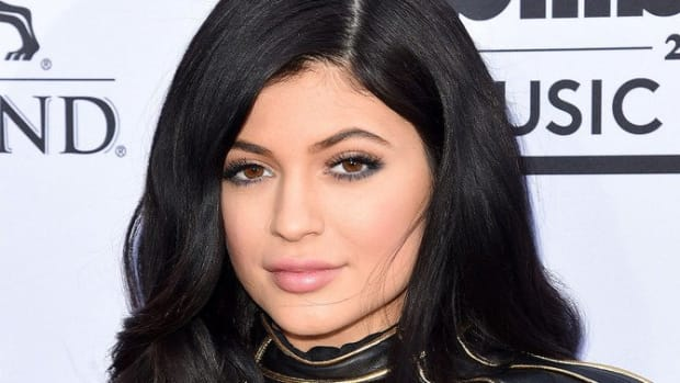 Kylie Jenner Posts Snapchat With Mysterious Figure (Photos) Promo Image