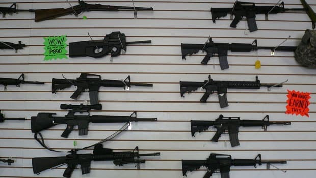 Walmart Apologizes For Back-To-School Gun Display (Photo) Promo Image