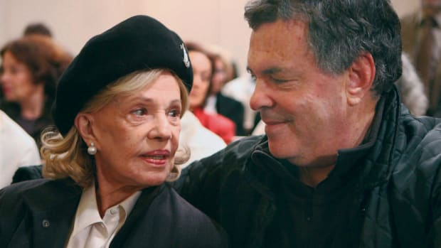 Actress Jeanne Moreau Dead At 89 Promo Image