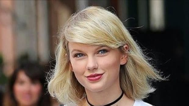 Fans Notice Something Different About Taylor Swift; Did She Get Massive Breast Implants? (Photos) Promo Image