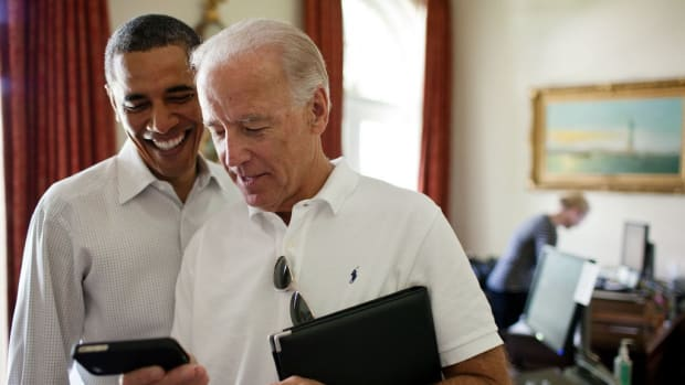 Obama Writes A Birthday Meme For Joe Biden Promo Image