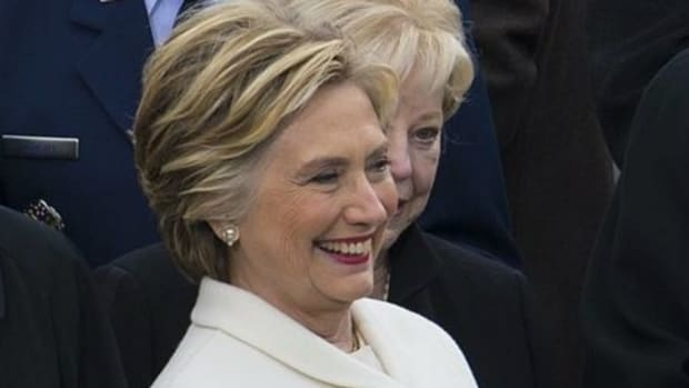 Hillary Clinton Tears Into Bernie Sanders In New Book Promo Image