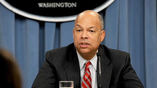 Jeh Johnson: Trump's Rhetoric 'Scared Off' Immigrants Promo Image