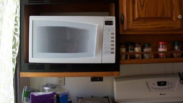 Man Kills Nephews After Microwave Argument (Photos) Promo Image