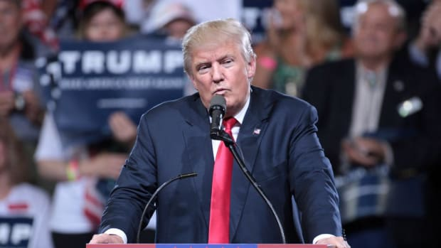 Trump Seems To Forget The Words To The National Anthem (Video) Promo Image