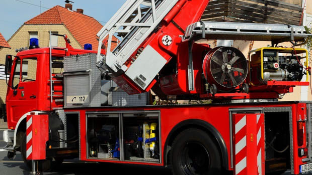 Man Burns House Down Trying To Kill Spider (Photos) Promo Image