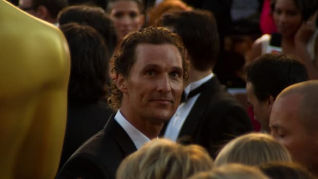 Matthew McConaughey Spent His Birthday Donating Turkeys (Photos) Promo Image