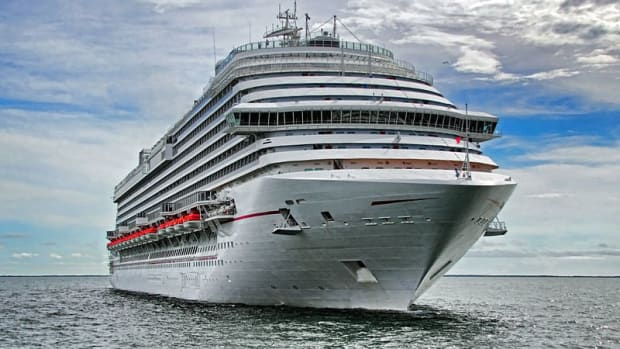 Lawsuit Offering $900 In Damages For Free Cruise Scam Promo Image