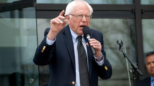 Bernie Sanders: Trump Should Resign Over Allegations Promo Image