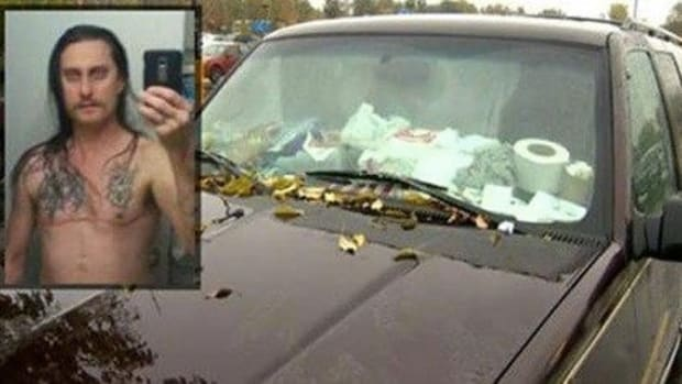 Police Called On Older Man And Girl When Something Seemed 'Off' About His Truck Promo Image