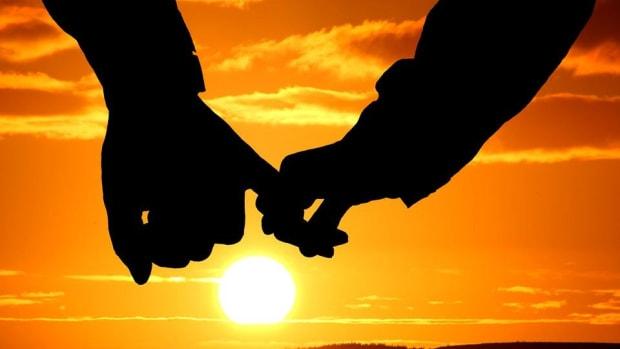 Obese Couple Finally Consummates 11-Year Relationship Promo Image